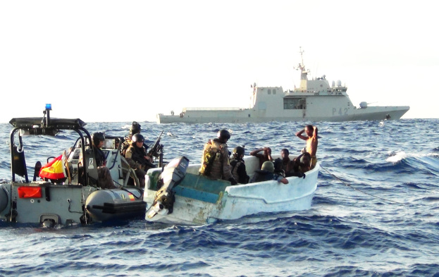 the-boarding-team-from-spanish-eu-naval-force-warship-esps-rayo-board-the-suspicious-skiff - JPEG